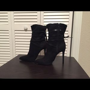 4 inch heel ankle boots. BRAND NEW